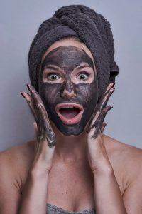 Maska od uglja