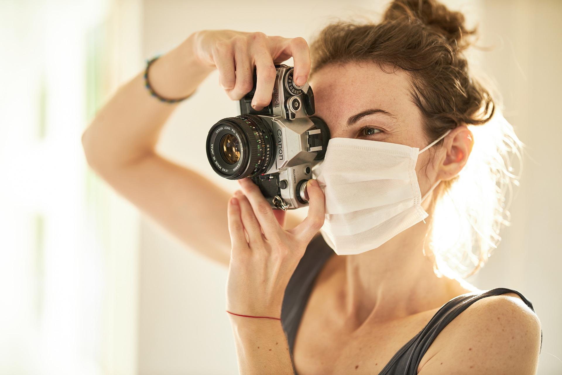 Maske štite, ali i štete: kako da sačuvate kožu tokom epidemije